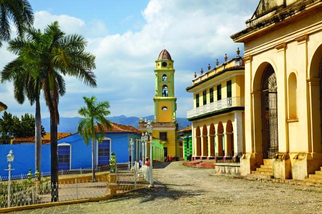 church_town-square_trinidad_7018
